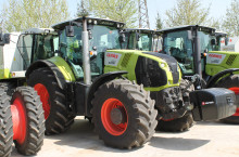 НАЛИЧЕН CLAAS AXION 850